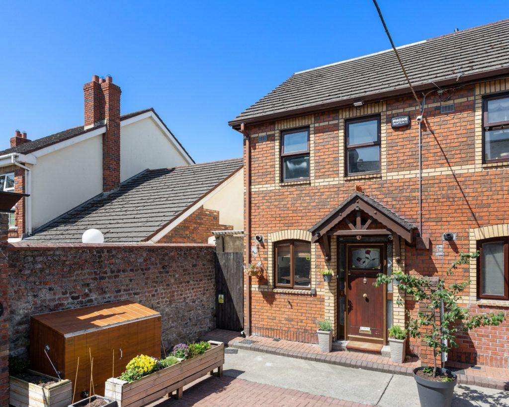1 Grove Mews, Castle Terrace, Phibsboro, Dublin 7, D07 A6C5